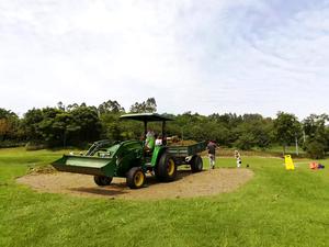 黄龙溪谷高尔夫草坪建设